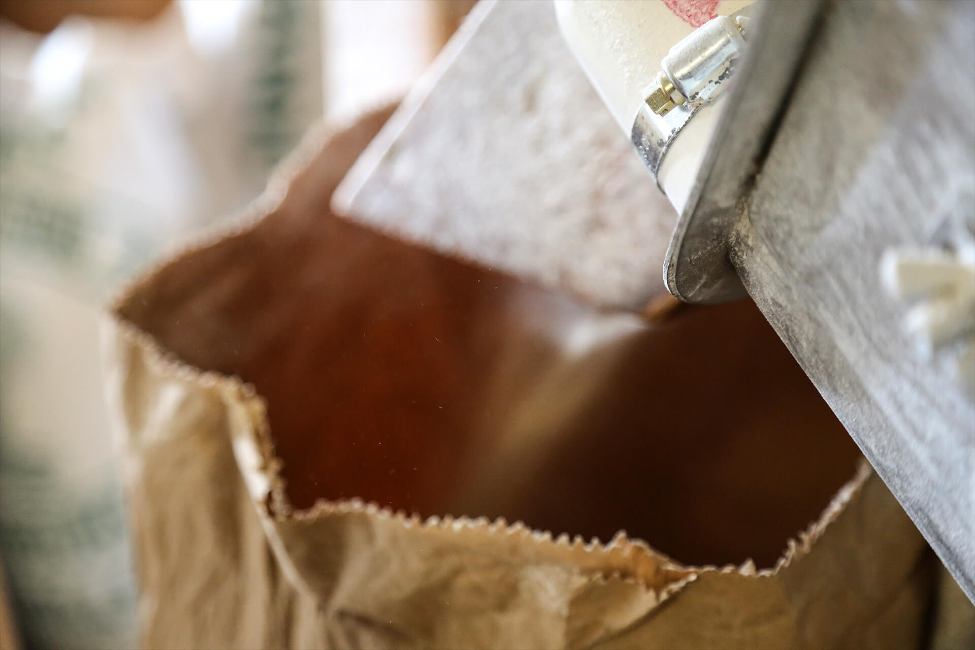 WeAreShuffle, Agency, Creative, Photography, Film, Production, Stoats Mill, Flour, Grains, Wheat, Hand, Light, Britain, Bag, Pouring